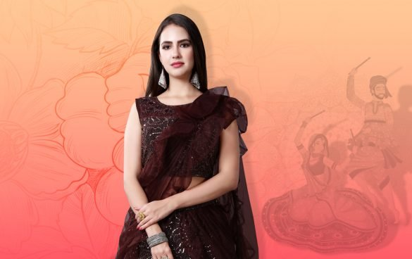 5 Trendy and Special Wardrobe Must-Haves For Navratri Looks